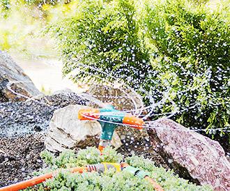 Оросительный полив растений