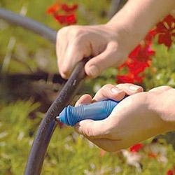 Капельный полив своими руками на огороде