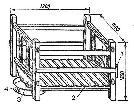 Деревянная клетка для содержания телят: