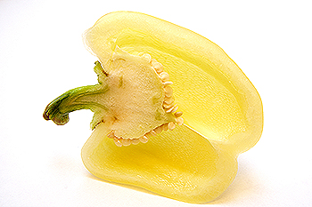 Половинка разрезанного перца